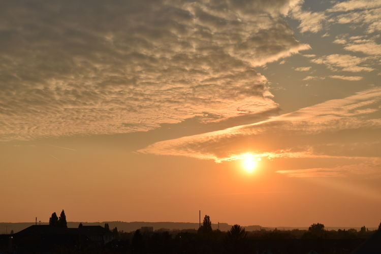 Dramatic Sky Cloud - Sky Tranquility Dawn Bonn Old Town End Of The Day Golden Sky EyeEmNewHere Lost In The Landscape Colour Your Horizn #urbanana: The Urban Playground