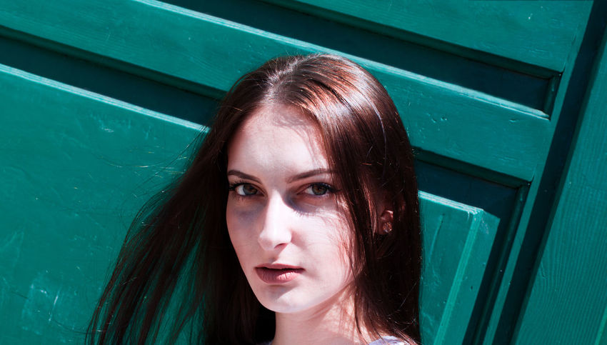 Beautiful Woman Close-up Day Green Color Human Face Looking At Camera One Person Outdoors People Portrait Real People Young Adult Young Women