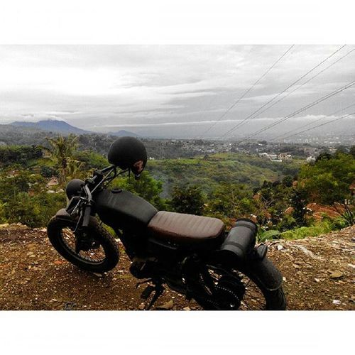 Ridepride with Sibesitua CB100 Bertenang di Punclut Bandung INDONESIA Lenovotography Pocketphotography Photostory Lzybstrd Journey