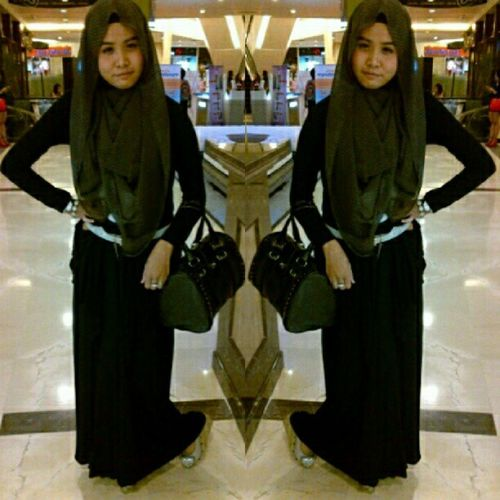 Black series! Girl Hijabi Hijabbeauty Hijabstyle  hijabfashion ilovehijab chichijab modesty moeslem cute black likeforlike instabalikpapan instaindonesia photooftheday