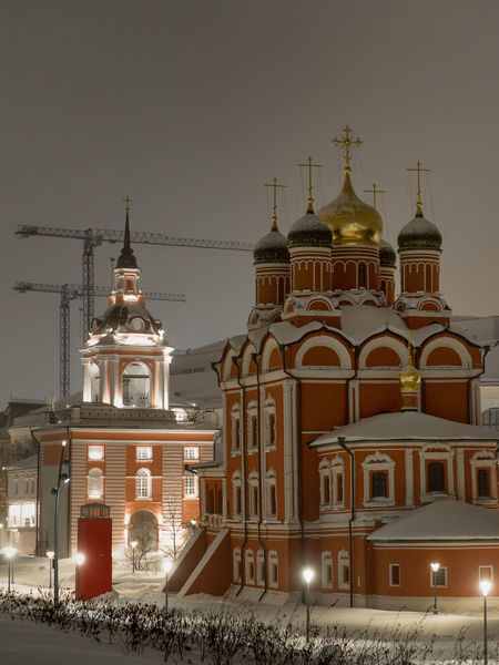 Russia, Moscow, the Kremlin, the Nikolskaya street, night, snow, Vasilevsky descent, the Kremlin's Spassky tower, St. Basil's Cathedral, Monument to Minin and Pozharsky on red square, Manezhnaya square, Ulitsa Varvarka, Zaryadye Park , winter, travel, architecture Moscow Russia Vasilevsky Descent Architecture Building Exterior Built Structure City Clear Sky Cross Day Dome Illuminated Night No People Outdoors Place Of Worship Religion Sky Snow Spirituality The Kremlin Travel Destinations