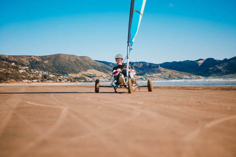 Sand / beach sailing