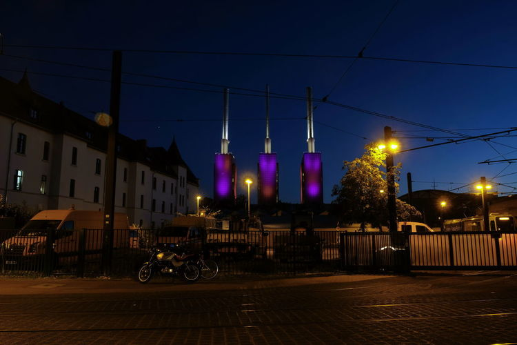 Heizkraftwerk Linden Heizkraftwerk  Schornsteine Kraftwerk Berlin Blue Hour Cityscape Night Available Light Long Exposure