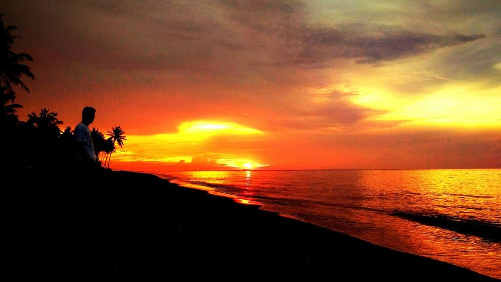 Lombok beach.... Lombok Fotography Lombok Island Lombok Sunset Lombok Island , Indonesia. Lombokgallery