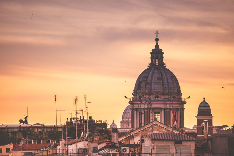 Roman Sunset. Rome, Italy. Architecture City Cityscape Dome History Sunset Travel Destinations Built Structure Travel Building Exterior Rome Romestreets Roma Skyline Urban Skyline Cityscape City From Above Rome Street Italy Travel Photography EyeEm Best Shots EyeEm Gallery EyeEmBestPics Malephotographerofthemonth Week On Eyeem