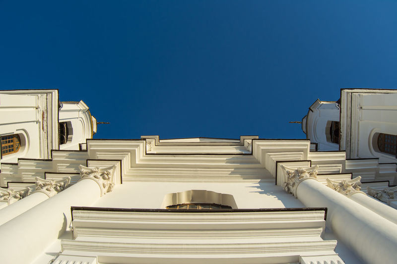 Low Angle View Cathedral From My Point Of View By Ivan Maximov Eyeem Photo The Week On EyeEm Vitebsk,Belarus Great Outdoors Chirch Composition Traveling Perspective Architecture_collection Religion Beauty Architecture Chirch Tower Cityscape Belarus City Architecture History Travel Destinations No People Blue Built Structure Sky Clear Sky Outdoors Day Building Exterior Politics And Government