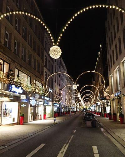 Architecture Streetphotography Street Street Photography Decoration Modern Nightphotography Night Lights Night Illuminated Outdoors Heart Heart Shape