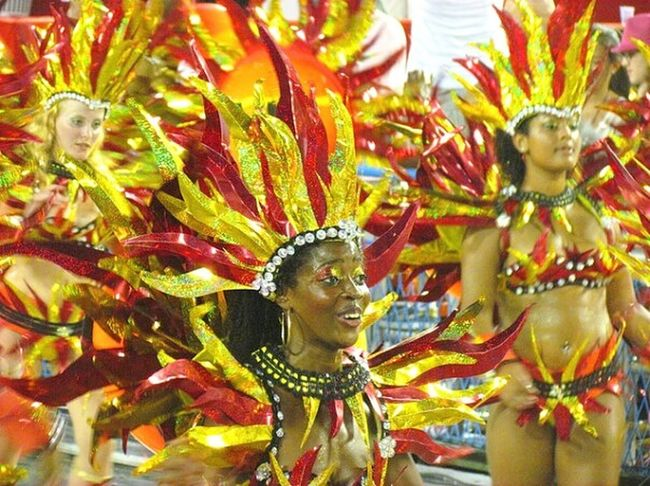 Selusava Carnaval Cariocadagema Brasil ♥ Carnival Brasil Brazil Colours Of Carnival Carioca Girl Taking Photos Carioca Carnaval carnaval First Eyeem Photo