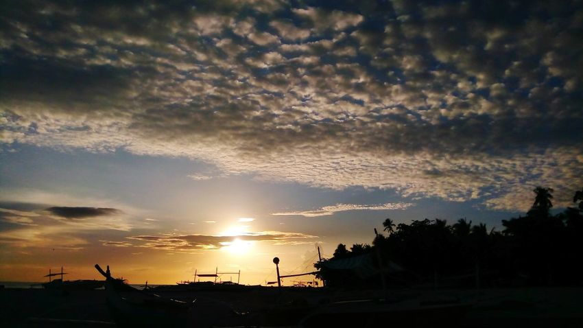 Ang haring araw. Mobilephotography Selinog Island DapitanCity Phillipines Island Life Sillhouttes And Sky Sunsets Sillhouette Astronomy Tree Sunset City Silhouette Mountain Business Finance And Industry Dramatic Sky Milky Way Sky Summer Exploratorium
