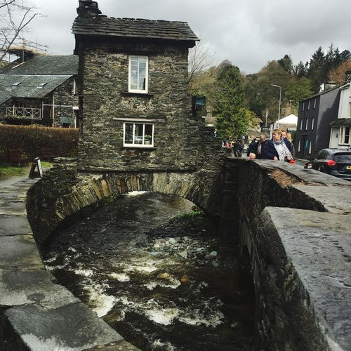 Check This Out Bridge House Bridge Over Water Small Quirky