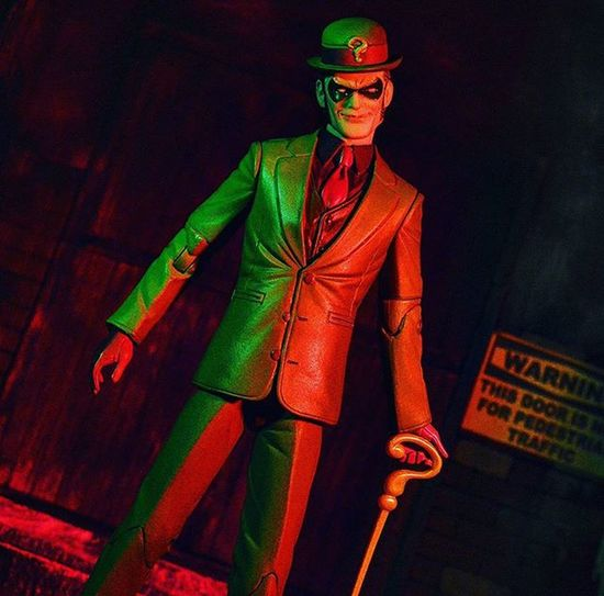 Riddle me this.... We see it once in a year, twice in a week, and never in a day. What is it?????????????? Theriddler Gregcapullo Batman Ata_dreadnoughts Wheretoysdwell_photofeatures Toyz_zone TZ_ATA Hottoyscollector Hottoyscollection Dccomics DC Sideshowfreaks Sideshowcollectibles Figurephotography Toys Toyartistry Toypics Toyslagram Toystagram Toyphotography Toycrewbuddies Toysaremydrug Toyleague Epictoyart Toydiscovery toptoyphotos articulatedcomicbookart capturedplastic toyunion toygroup_alliance