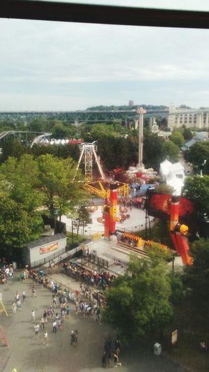 Amusement Park Water Day Tree Sky La Ronde Hauteur Manège  Magnifique Calme