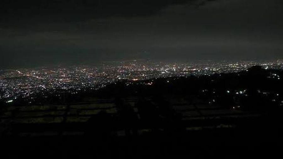 Setiap kesini ngga pernah bosen 😍 Cityscape Night City Illuminated Outdoors Beauty In Nature