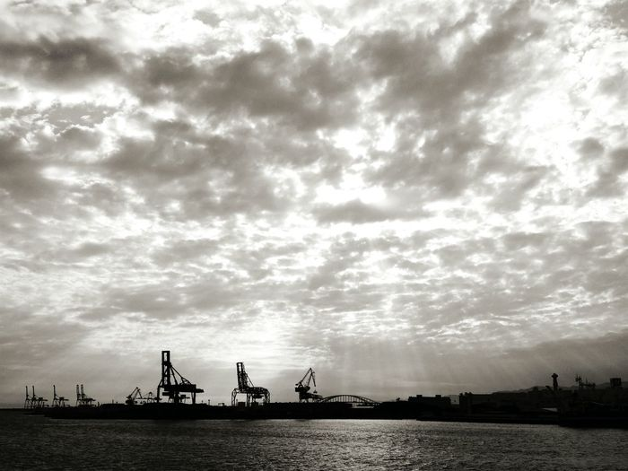 Black And White B&w Seascape Sea And Sky Harbour View Ultimate Japan
