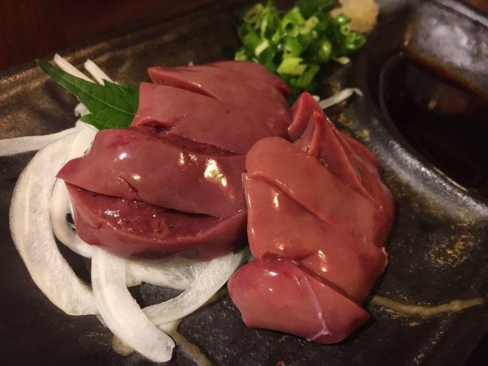 つるつるー 肝刺し! 刺身 肝刺し 鶏肉 Yakitori Sashimi  OSAKA Dinner Japan 焼き鳥 福島 大阪
