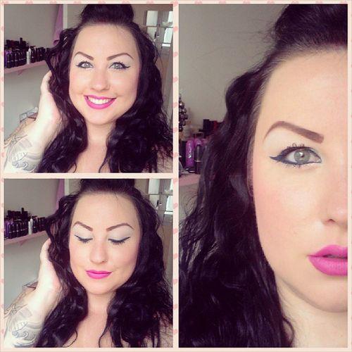 Focus makeup : Lips Mac Candyyumyum Lippen Urbandecay anarchy Eyes urbandecay pen mainline eyeshadows kiko toofaced magicmushroom Eyebrows sleek ultramattsv2 Cheeks mac pinkyswoon