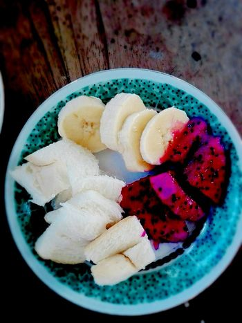 Bread Dragonfruits Banana Ice Cream Frozen Food SLICE Close-up Sweet Food Food And Drink