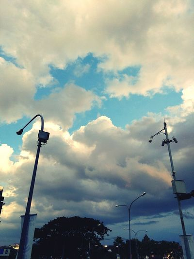 Love sky.... 😍😍 Sky Cloud - Sky No People Outdoors Low Angle View Vertical Day Captured By Vivo Sarawak Sibutown City