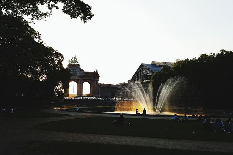 Sunset Cinquantenaire Walks Parc City Water Silhouette Architecture Built Structure Sky Building Exterior Fountain