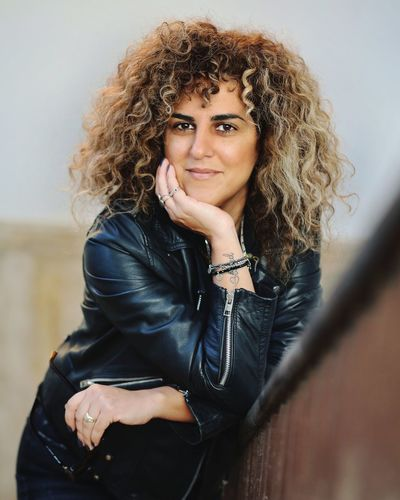 Just me 😄 Portrait EyeEm Best Shots Eyeemoninstagram Eyeem Of The Day EyeEm Of The Week Tattoo Self Portrait Selfportrait_tuesday_nonchallenge Portrait Beautiful Woman Women Looking At Camera Curly Hair Beautiful People Young Women Warm Clothing Beauty Headshot Leather Jacket