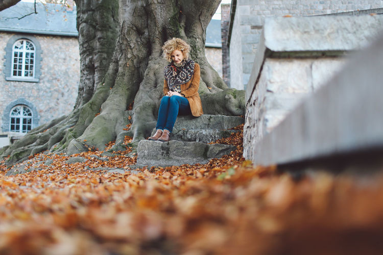 Adult Adults Only Autumn Blond Hair Day Full Length Leafs One Person Out Of Focus Outdoors People Autumn Mood