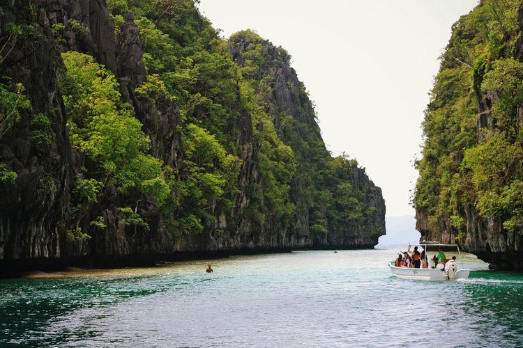 Tourists enjoying in sea