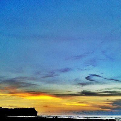 morning Sky Beach Sunrise Instagood Instasunrise Skymadness Instanesia Photooftheday Instanusantara Pictureoftheday Instafamous Beautifulsky Bali INDONESIA LangitBaliPhotowork