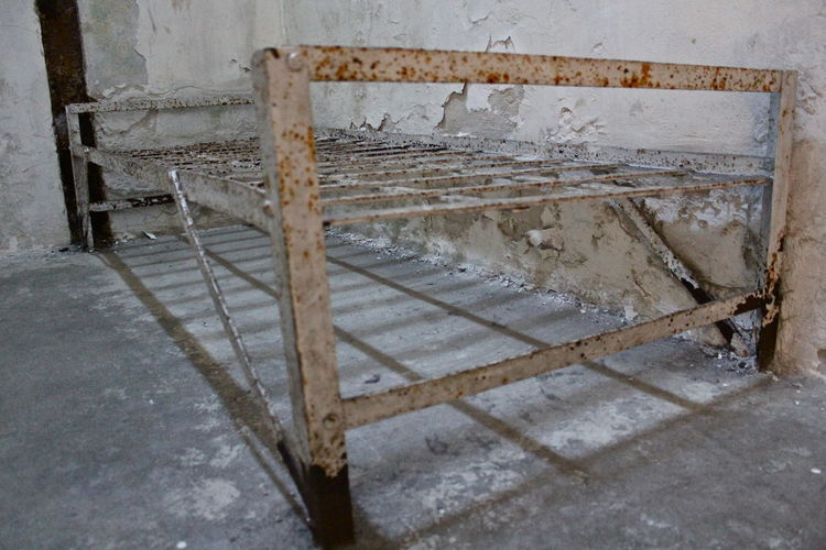 Bedframe in jail cell Bed Jail Jailhouses Pattern, Texture, Shape And Form Philadelphia Rust Square Abandoned Antic Architecture Bed Frame Built Structure Cell Damaged Frame Indoors  Metal No People Old Old Ruin Pattern Prison Rusty Weathered Wood - Material Creative Space The Still Life Photographer - 2018 EyeEm Awards Summer Road Tripping