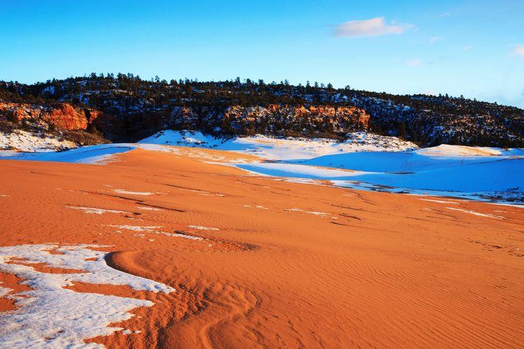 red sands and snow Sand Sand Dune Winter Sand Dune Sand Mountain Red Sky Landscape Physical Geography Arid Climate Arid Landscape Desert Barren Arid