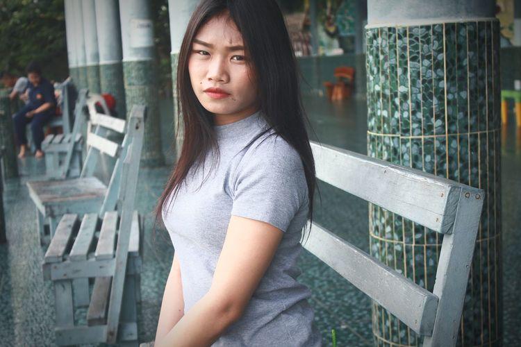 Model needed Medium-length Hair Casual Clothing