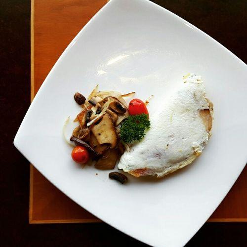Breakfast Foodie Foodphotography Foodpics Foodstagram Omelettes Egg Mushroom Healthy Food Healthy Breakfast