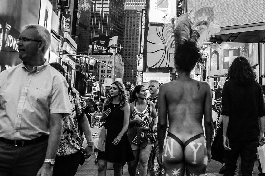"Serie: ""NYorkers"" - NYC Sept & Oct 2015 Fujifilm X100T © Carlos Agrazal - New York 2015 - All rights reserved. Black And White Blackandwhite Everybodystreet EyeEm Best Shots Fuji Fujifilm FujiX100T Huffington Post Stories Monochrome New York NYC Picturing Individuality Street Street Photography Streetphoto Streetphoto_bw Streetphoto_color Streetphotography Streetphotography_bw The EyeEm Facebook Cover Challenge The Human Condition The Week Of Eyeem"