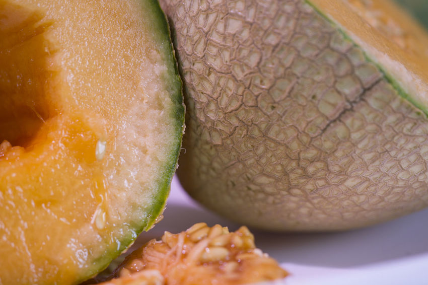Cantaloup Close-up Cross Section Day Food Food And Drink Freshness Fruit Healthy Eating Indoors  Melon No People Ready-to-eat SLICE