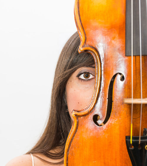 Violin Player Arts Culture And Entertainment Beautiful People Beauty Cello Classical Music Females Human Body Part Music Musical Instrument Musical Instrument String Musician Playing Portrait String Instrument Studio Shot Teenager Violin Violin My Love Violin Practice Violine  Violinist Violins White Background Women