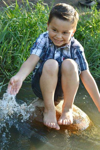AshtonRyan Handsome Boy Childhood Splashing KernRiver Nikon Nikond3200 Captured Moment