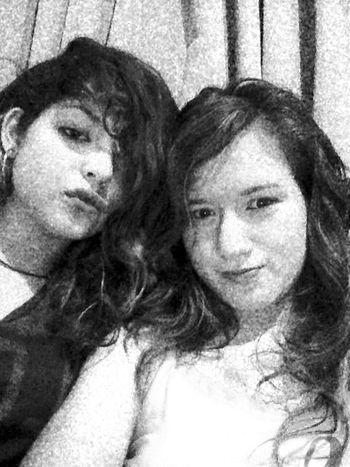 Whit my sister ❤ Sisters♡ Black & White 15&17 Iloveyou LasMejoresModelos