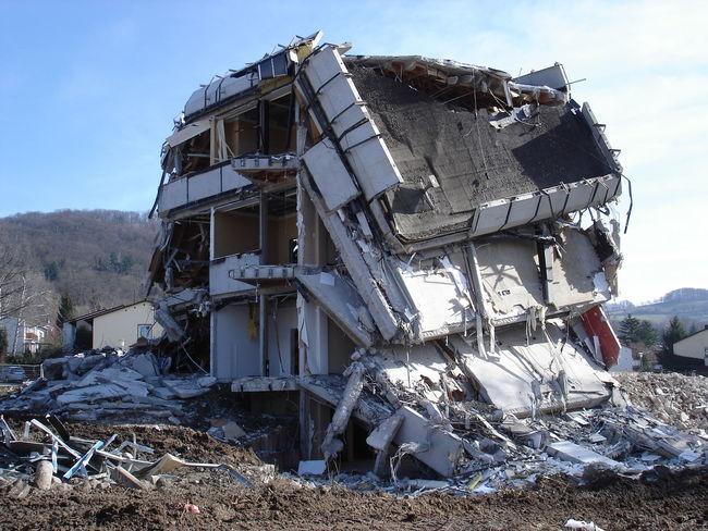 Abandoned Abrissarbeiten Demolition Destroyed Gebäude Ruine Ruined Building Zerstörung
