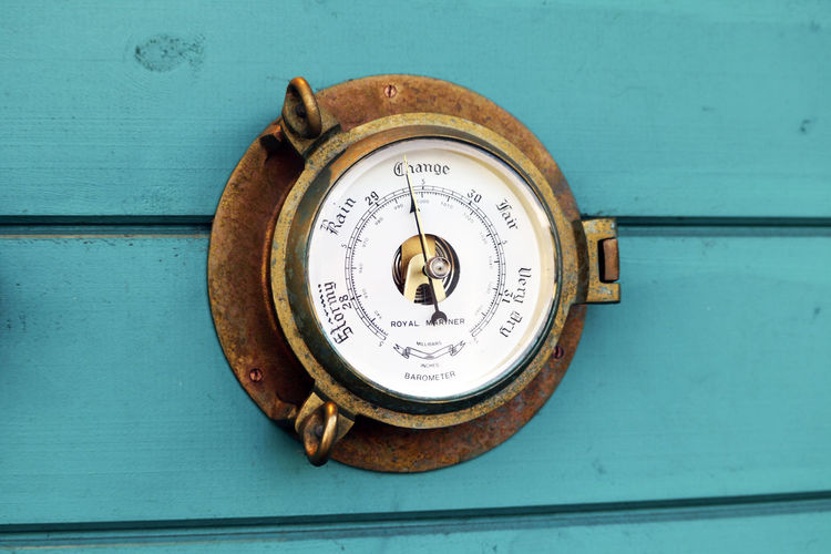 Old weather dial. Antique Rain Weather Circle Close-up Communication Dial Equipment Gauge Geometric Shape Instrument Of Measurement Measure Metal Meter - Instrument Of Measurement No People Number Old Outdoors Sun Technology