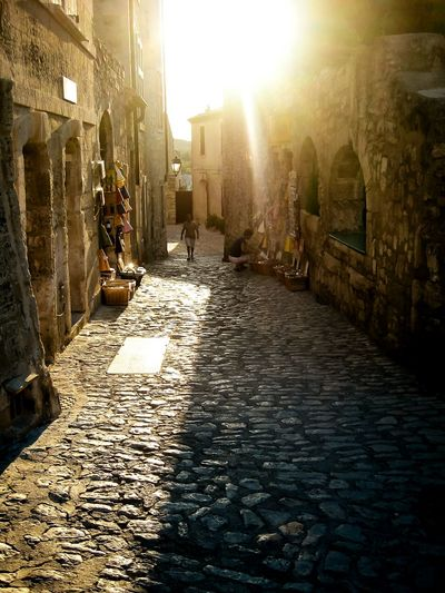 Les Beaux De Provence Sunny Travel Photography Light And Shadow Provence France