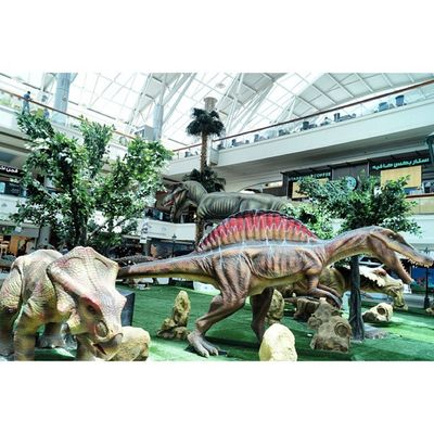Dinosaur model at the Dinosaurs display area. Red_sea_mall Redseamall redsea mall. jeddah saudi_arabia saudiarabia. Taken by my sonyalpha dslr a57. ديناصور ديناصورات ردسي مول جدة السعودية