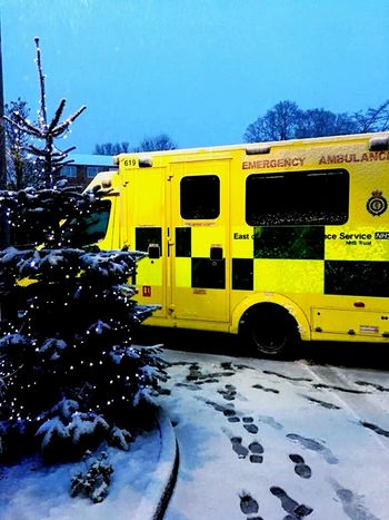 Yellow Mode Of Transport Transportation Land Vehicle Sky No People Outdoors Tire Nature Day London London Eye Ambulance Service Ambulance Snow Working Day Winter EyeEmNewHere Shades Of Winter