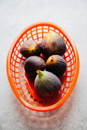 Figs in red