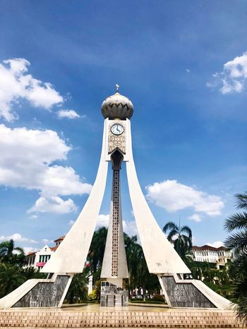 Clock tower Architecture Sky Cloud - Sky Built Structure Day Nature Building Exterior No People Sculpture Art And Craft Arts Culture And Entertainment Travel Destinations Tall - High Outdoors Blue Low Angle View Representation City Human Representation Travel
