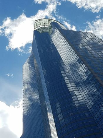 Glass building Minneapolis Minnesota Minneapolis Architecture Sunny Day Reflections Skyscraper Blue Sky White Clouds