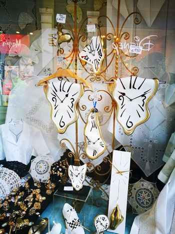 lots of Time Time Clock Watchs Watch Hour Hand Minute Hand Melting Venetian Mask Art And Craft Close-up Clock Hand Clock Face Wall Clock Instrument Of Time Time Zone