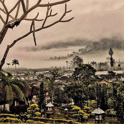 Morning Mist Hdr_pics Sfx_hdr HDR Friendsoftheworld Instaprints  Ig_outkast Instanusantara Hdr_styles Genginsapgan Hdr_real Gang_family Gi_challenge_6612 Hdrdynasty Dark_elite HdrIndonesia Blue_colours Gi_hdronly Dark_rev HDR_Indonesia Open_dynasty Hdroftheday Hdrartsclub Hdrama Hdrdarkside Hdrepublic Ig_syles Iphoneasia The_dark_side Bd Igcaptions