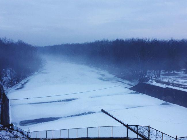Frozen Dam!! Railing Nature White