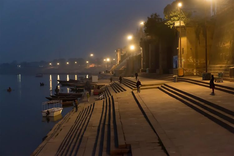 Varanasi Uttar Pradesh, regarded as the spiritual capital of India. January 20, 2017. Illuminated Real People City People Streetphotography Documentary Street Photography Travel India Storytelling Check This Out Travel Photography Indian Cultures Incredible India People Photography