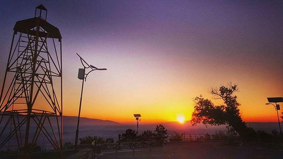 Skopje sunrise Skopje Vodno инстаграмџии ФотоНаНеделата Vscobalkan VSCO Hdr_pics HDR Photooftheday SamsungS6 Galaxys6 Sunrise Sunrises Sunrise_sunsets_aroundworld