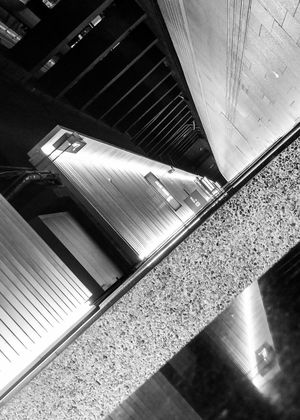 Moving around .. waiting during the Night Trying New Things Have Fun Blackandwhite Streetphotography Streetphoto_bw Street Photography That's Me Showcase June Geometric Shapes Taking Photos Parallel Lines Structures & Lines Cities At Night Lines And Shapes Architectural Detail